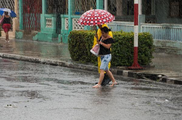 Aviso especial: Lluvias intensas desde provincia cubana de Matanzas hasta Ciego de Ávila
