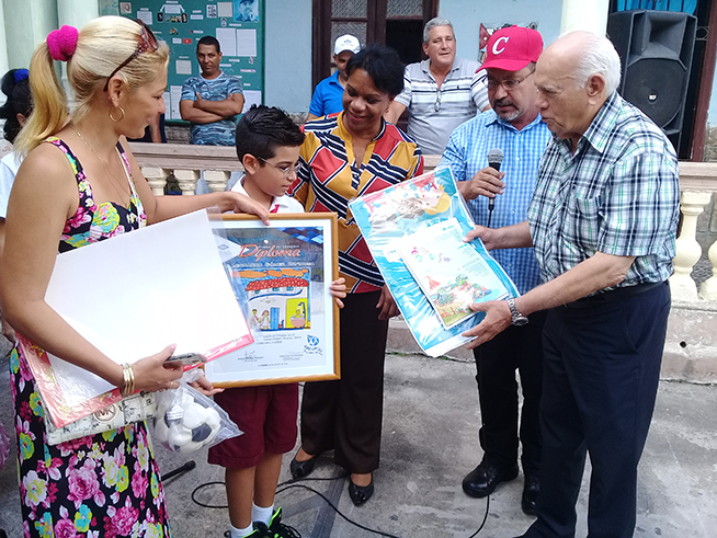 Pionero camagüeyano recibe premio de concurso internacional