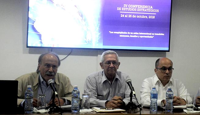Aprueban académicos del mundo declaración en contra del bloqueo