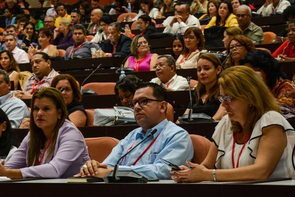 Debatirán en Abogacía 2018 perspectivas del trabajo por cuenta propia en Cuba