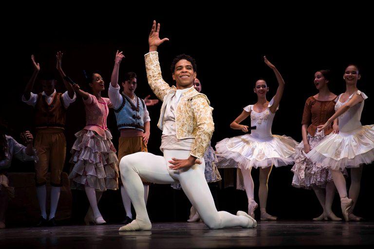 Gala homenaje de Academia Acosta Danza en memoria de Ramiro Guerra