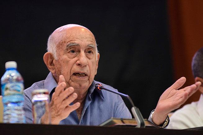Machado Ventura llama a la unidad de los sindicatos en sectores estatal y privado