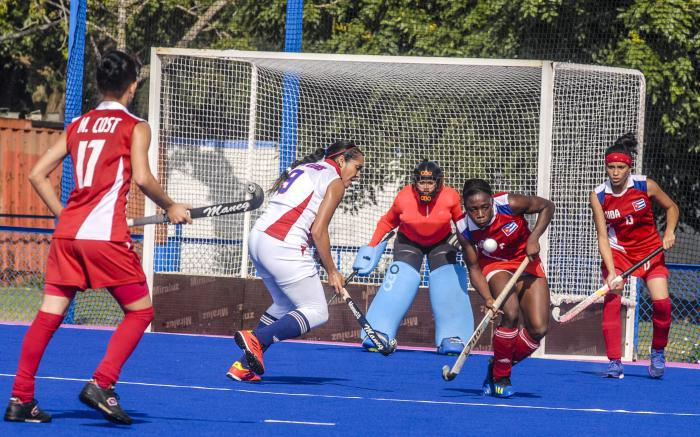 Dutch Ambassador to Cuba visits National Field Hockey School