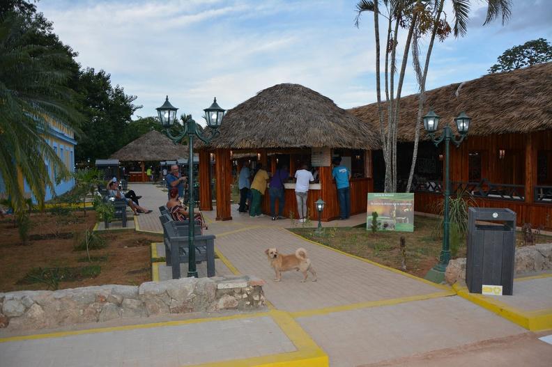 Le restaurant populaire Cuevas de Bellamar a une vigueur renouvelée