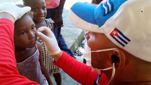 Defiende Cuba a sus galenos y a la cooperación médica internacionalista