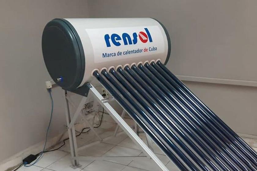 Camagüeyanos adquieren calentadores solares para uso doméstico