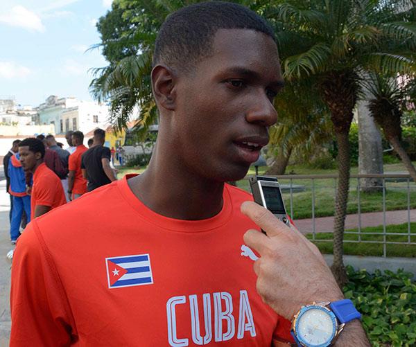 Lester Alcides Lezcay Gay, atleta juvenil destacado del año 2018, ofrece declaraciones a la Agencia Cubana de Noticias (ACN), en el Museo de la Revolución, en La Habana, Cuba, el 22 de enero de 2019.             ACN  FOTO/ Ariel LEY ROYERO