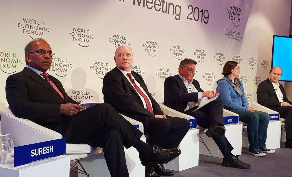 Cuban Minister for Foreign Trade at World Economic Forum in Davos Carries Out Tight Agenda