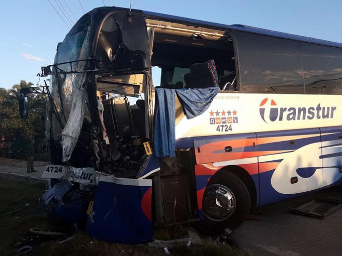 Una persona grave y 11 lesionados por accidente de tránsito en Bayamo