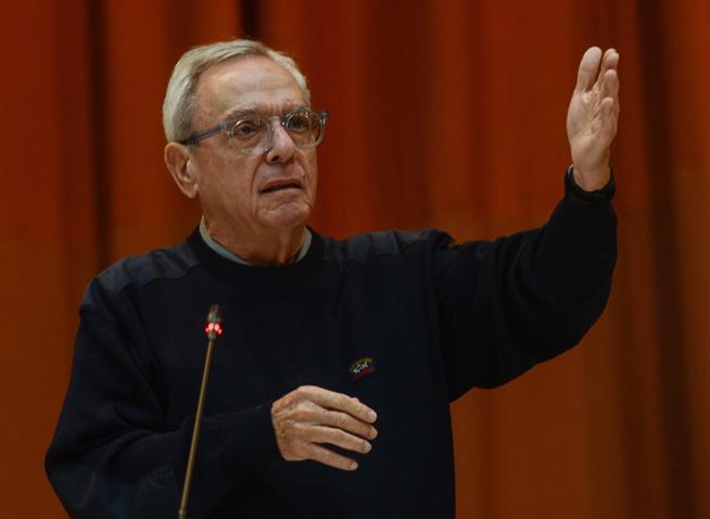 Eusebio Leal Spengler, Historiador de La Habana, imparte conferencia magistral en la sesión de clausura de la IV Conferencia Internacional por el Equilibrio del Mundo, en el Palacio de las Convenciones, en La Habana, Cuba, el 31 de enero de 2019.