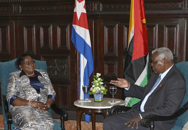 Firman protocolo de cooperación parlamentos de Cuba y Mozambique