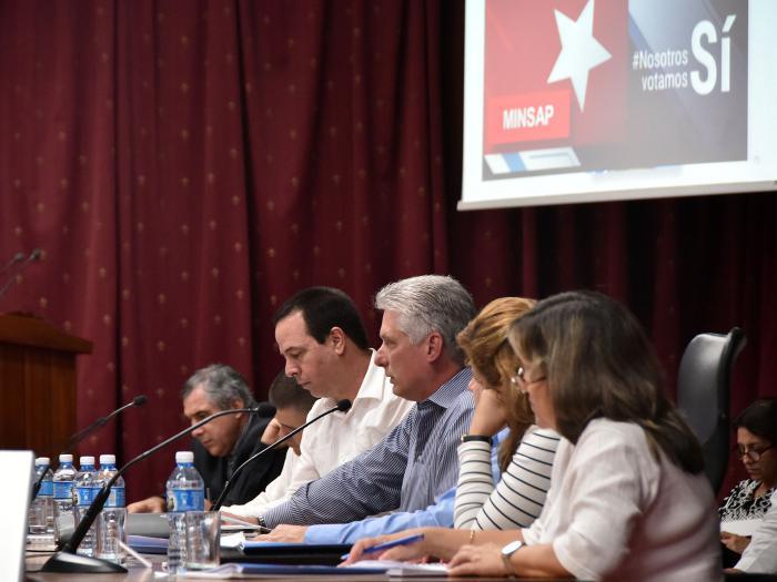 Díaz-Canel participe au bilan du Ministère de justice