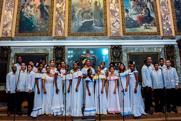 Dedican a Argentina concierto lírico en la capital cubana