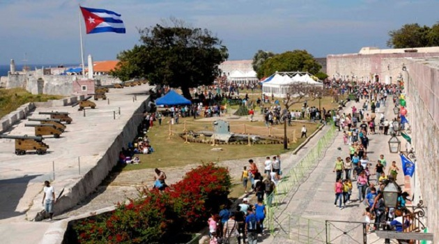 University of Informatics takes attractive proposals to Cuba´s Book Fair