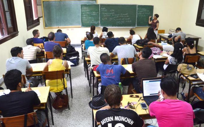 0612-educacion-jovenes-adultos.jpg