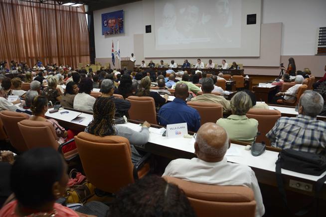 Analizan en Cuba pensamiento económico de Fidel, el Che y Carlos Rafael Rodríguez