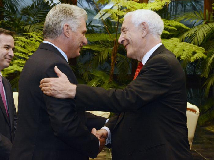Recibió Díaz-Canel al Comisario de Cooperación Internacional y Desarrollo de la Comisión Europea