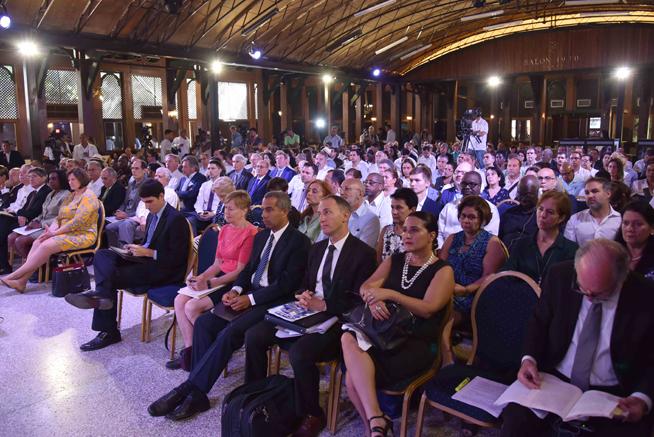 Asistentes al Foro de Negocios sobre inversión extranjera en Cuba, con sede en el Hotel Nacional, en La Habana, el 21 de junio de 2019.