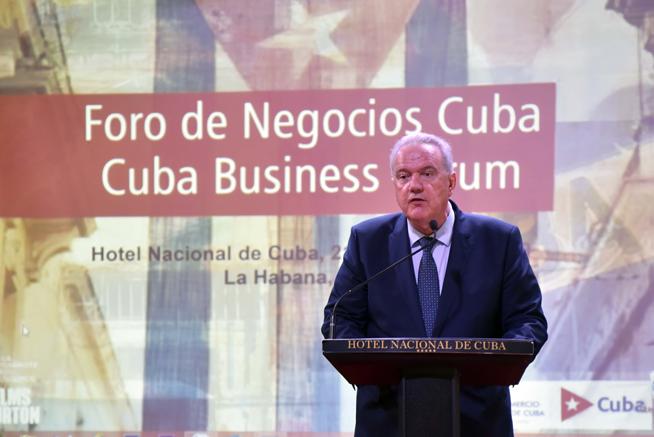 Neven Mimica, Comisario de Cooperación Internacional y Desarrollo de la Comisión Europea, interviene en la inauguración del Foro de Negocios sobre inversión extranjera en Cuba, con sede en el Hotel Nacional, en La Habana, el 21 de junio de 2019.
