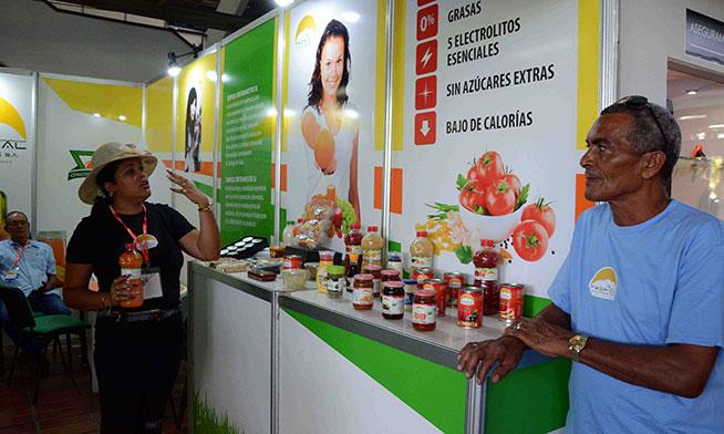 Presentan nueva empresa mixta Tropical Contramaestre SA