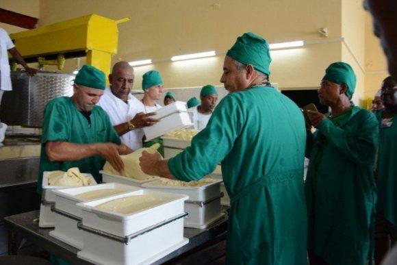 Empresa Láctea de Camagüey diversifica sus producciones