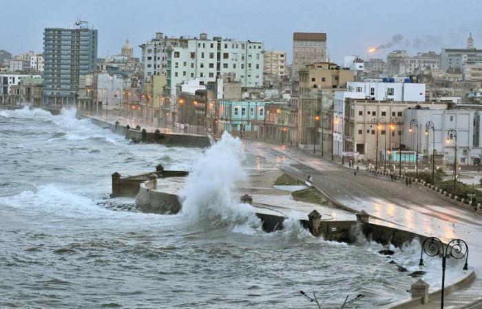 Estudian expertos cubanos inundaciones costeras desde la Meteorología