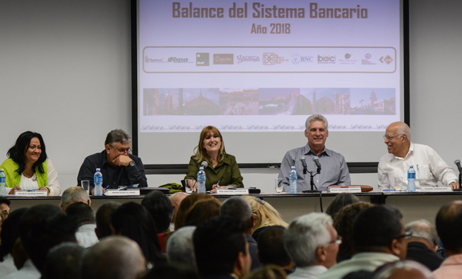 Banking system must play a leading role in development, says Diaz-Canel