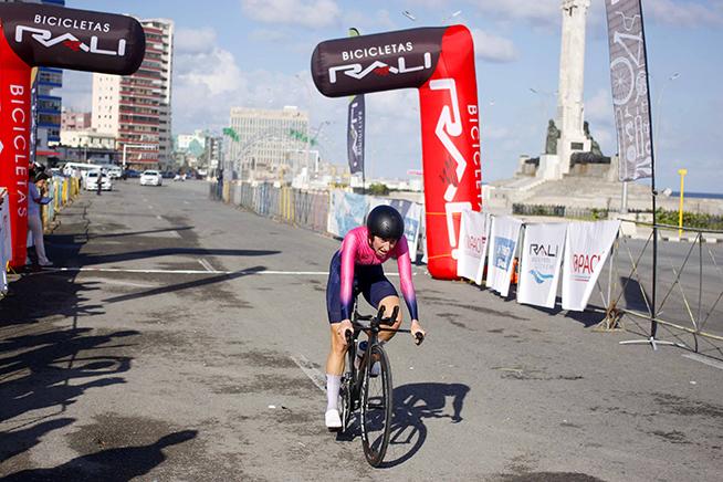 1102-Ciclismo de ruta-2.jpg