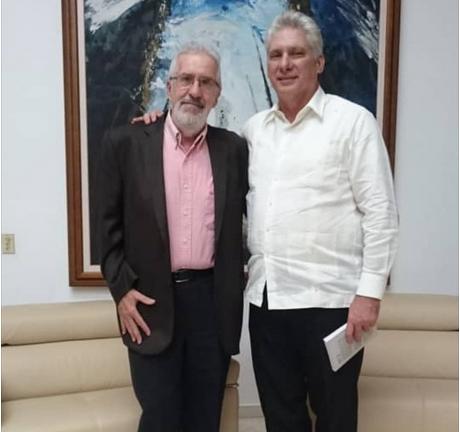 Le Président cubain échange avec l'intellectuel argentin Atilio Borón