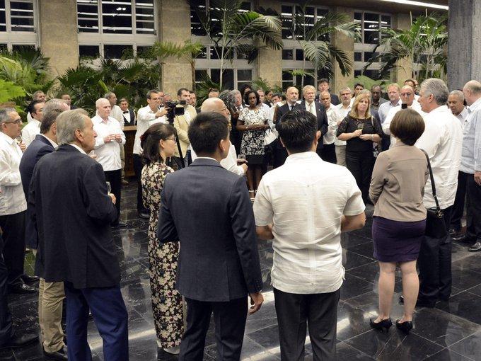 Díaz-Canel a rencontré des ministres, des chefs des délégations et des entrepreneurs qui participent à FIHAV 2019
