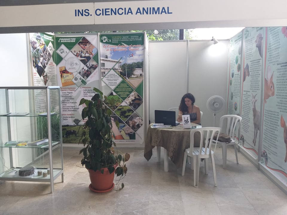 1107-congreso-veterinarias1.jpg