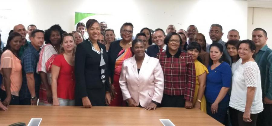 Jamaican Ministry of Health receives new brigade of Cuban health professionals