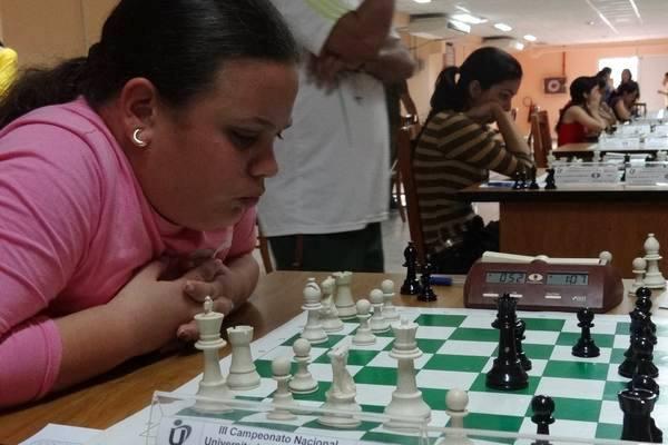 1127- Yoana González.jpg