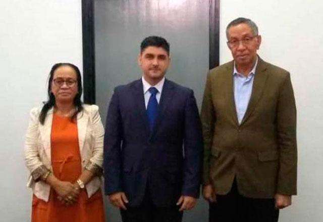 Le Président du Parlement du Timor-Leste rencontre le Chargé d'affaires de Cuba