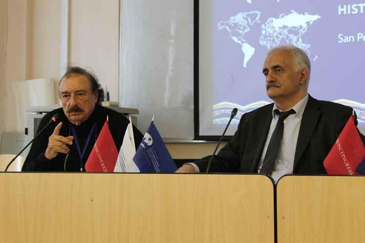 Le blocus étasunien contre Cuba est un châtiment collectif, Ignacio Ramonet souligne