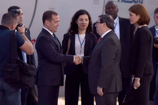 Llega a Cuba Primer Ministro ruso Dmitri Medvedev
