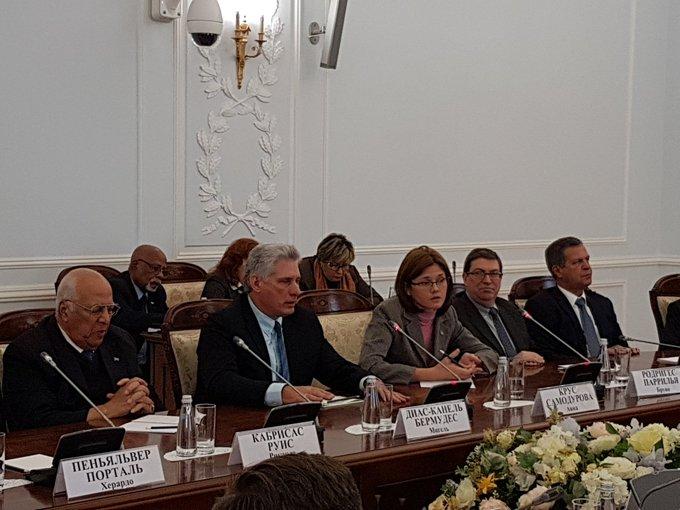 Sostuvo Presidente de Cuba conversaciones oficiales con Gobernador de San Petersburgo