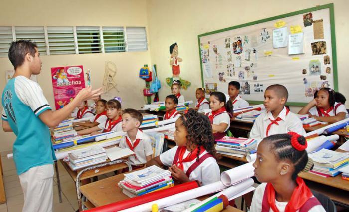 Más calidad de la educación y atención a los problemas, claves para el presente curso escolar