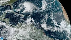 Se forma tormenta tropical Lorenzo en el Atlántico
