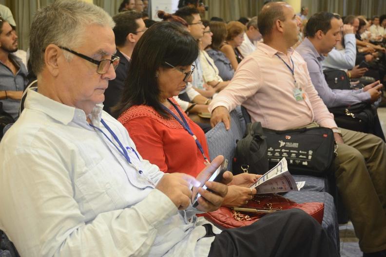 Asistetes a la inauguración del Foro de Empresarios y Líderes en Tecnologías de la Información (FELTI), en el salón Gran Canaria del hotel Meliá Habana, Cuba, el 25 de septiembre de 2019.