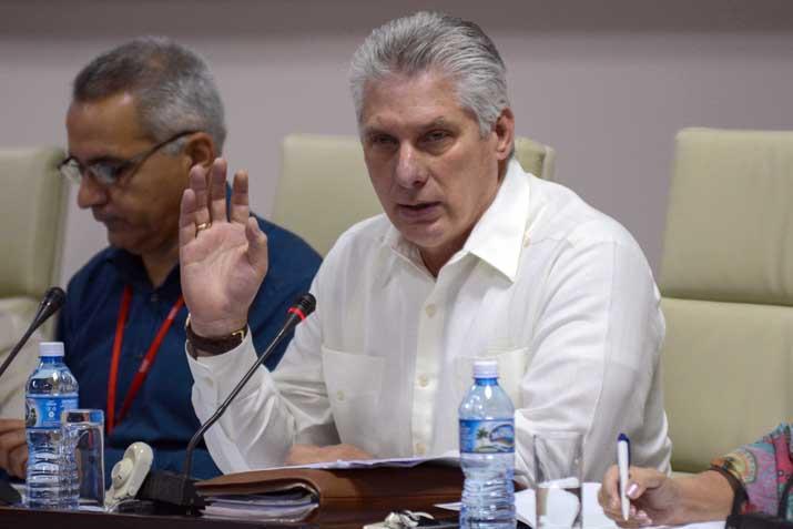 Asiste Miguel Díaz-Canel Bermúdez , Presidente de los Consejos de Estado y de Ministros, a la sesión de la Comisión de Educación, Cultura, Ciencia, Tecnología y Medio Ambiente, en el Palacio de Convenciones, en La Habana, Cuba, el 12 de abril de 2019.
