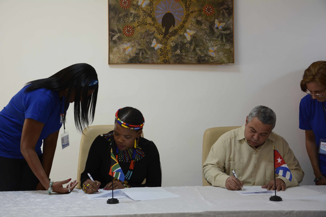 Trade Unions from Cuba and South Africa sign MOU