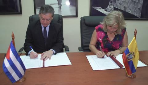 Acuerdan Cuba y Ecuador continuar trabajando por una migración legal