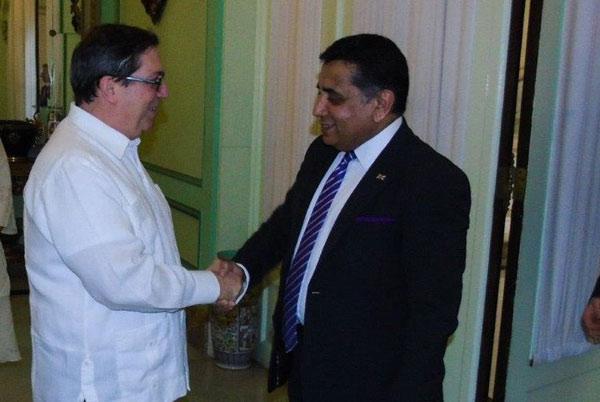 Canciller cubano recibe a Ministro de Estado para la Mancomunidad y las Naciones Unidas del Reino Unido