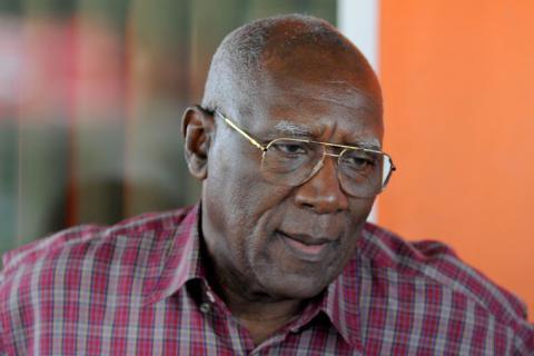 Salvador Valdés préside une délégation cubaine en Afrique du Sud