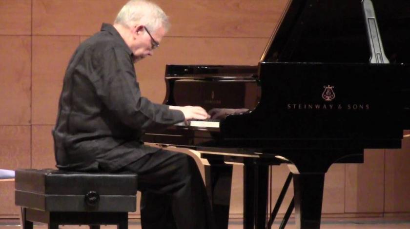 La Red Internacional de Escritores por la Tierra distingue a destacado pianista cubano