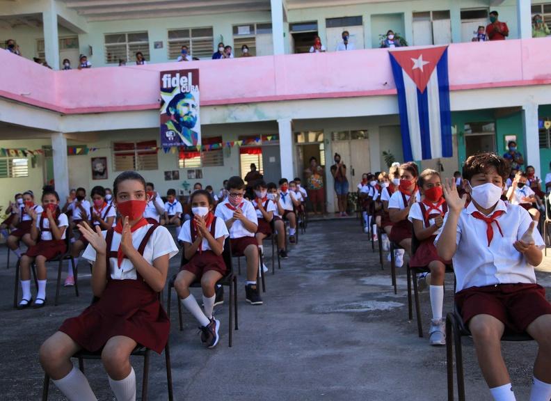 0112-curso-escolar-oas.jpg
