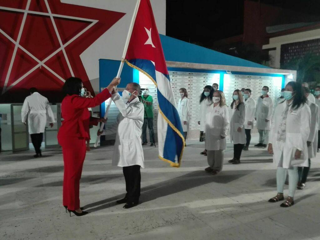Cuba envía a Honduras brigada médica para atender a damnificados de desastres naturales