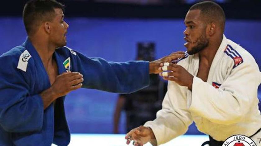 Realizan judocas cubanos torneos de entrenamiento previo a Tokio 2020
