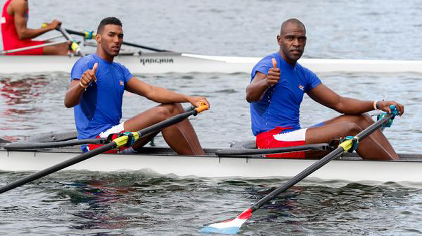Cuban rowers in Brazil for pre-Olympic of America
